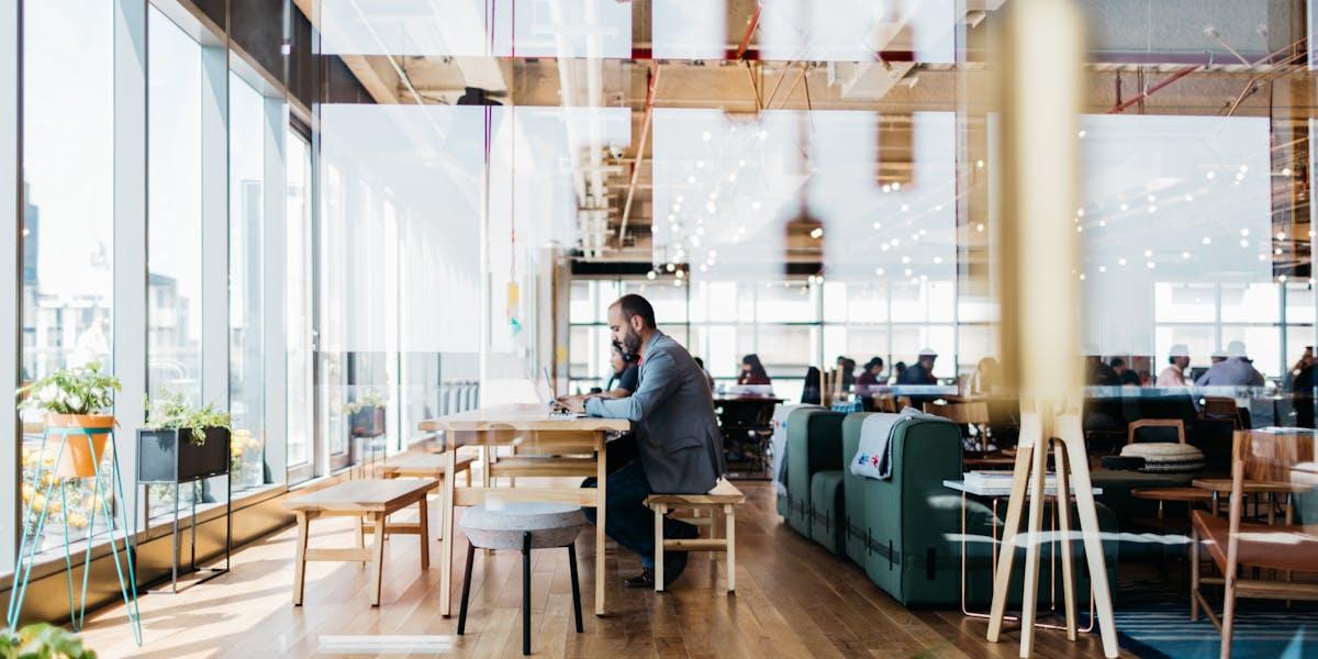 Espacio para oficinas de coworking libertador 1000 for Oficina qualitas auto madrid